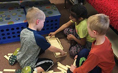 Kindergarten Kids Learn Embryology in Teams